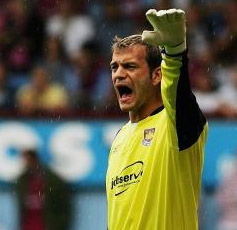 Gordon Thrower's Man of the Match: Roy Carroll